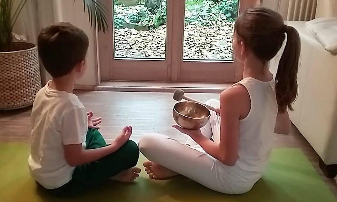 Yoga für Kinder – was bringt das? Meine Sicht als Kinderärztin.